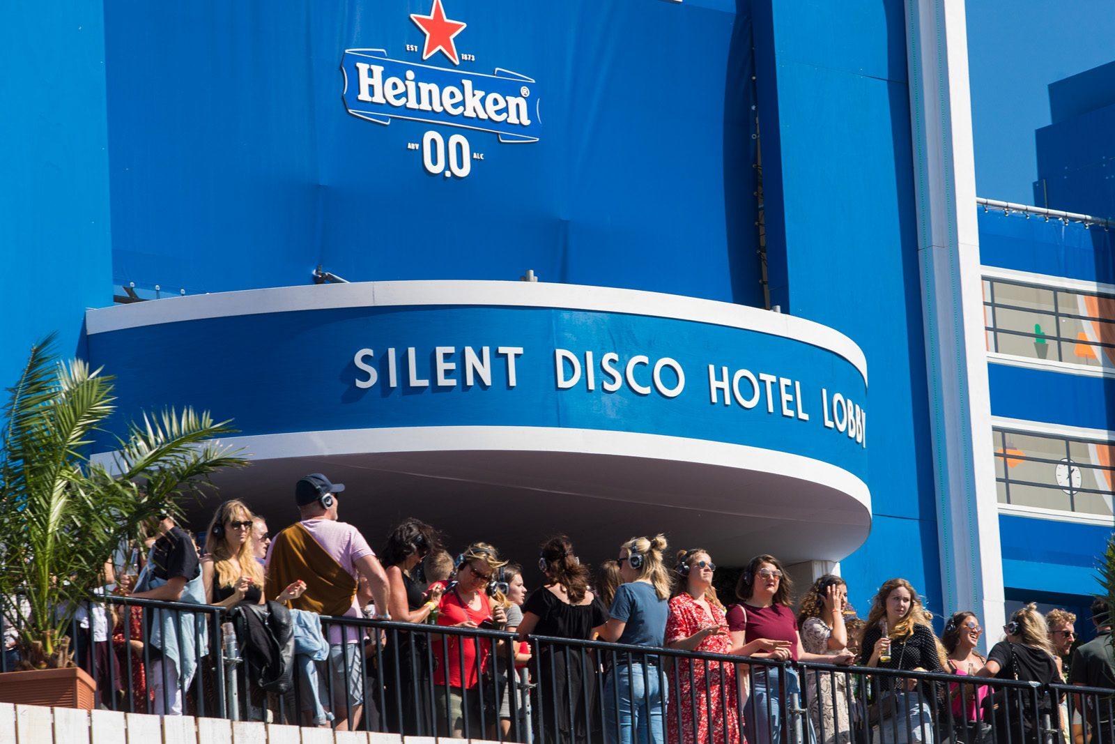 Triomf - silent disco hotel concert at sea - triomf